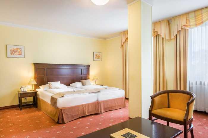 プリンツ オイゲン ホテル