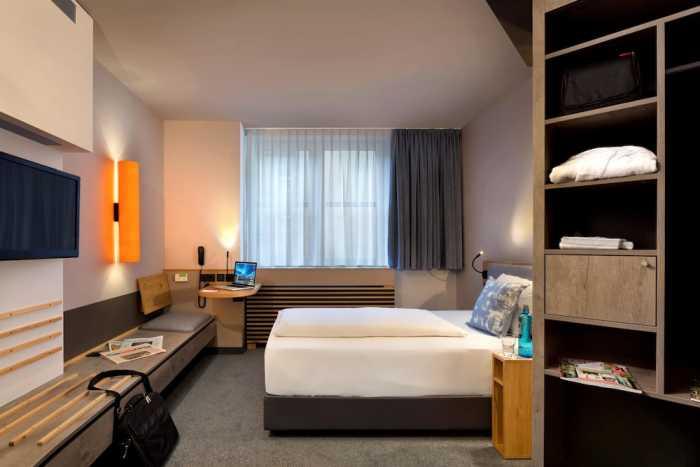INTERCITY HOTEL