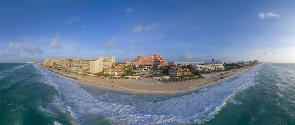 OMNI CANCUN HOTEL AND VILLAS ALL INCLUSIVE